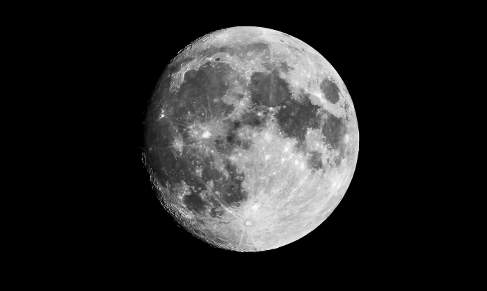 Moon in Black and White 96%